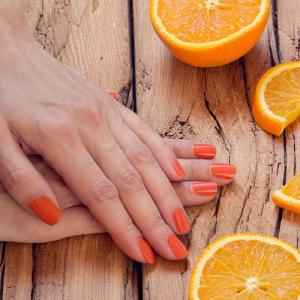 HOW TO MAKE YOUR NEW MANICURE LAST LONGER ? - Nail salon 62704